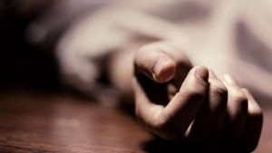 UP: The drunken husband killed his wife by crushing her head, the accused absconded
